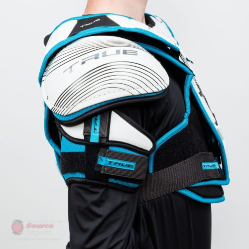 shoulder-pads-true-ax9-sr-detail-0500